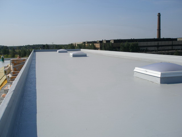 Крыша, покрытая ПВХ