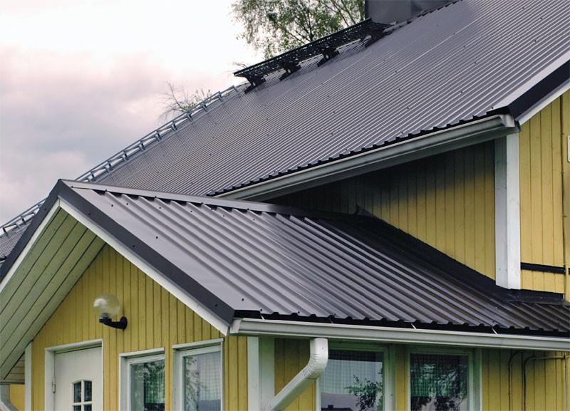 Крыша из листов профнастила